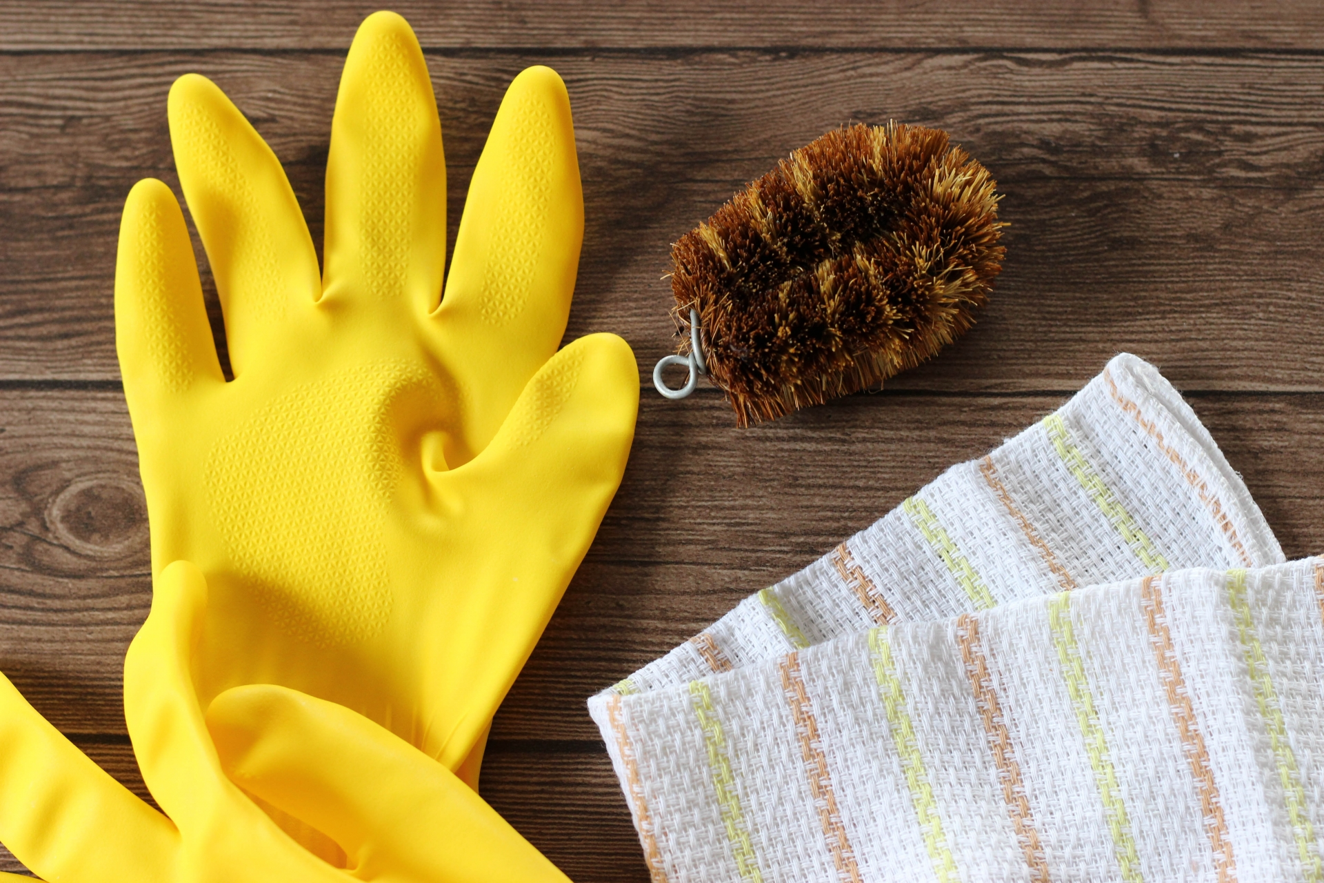ゴム手袋のおすすめ3選!裏毛つきタイプも