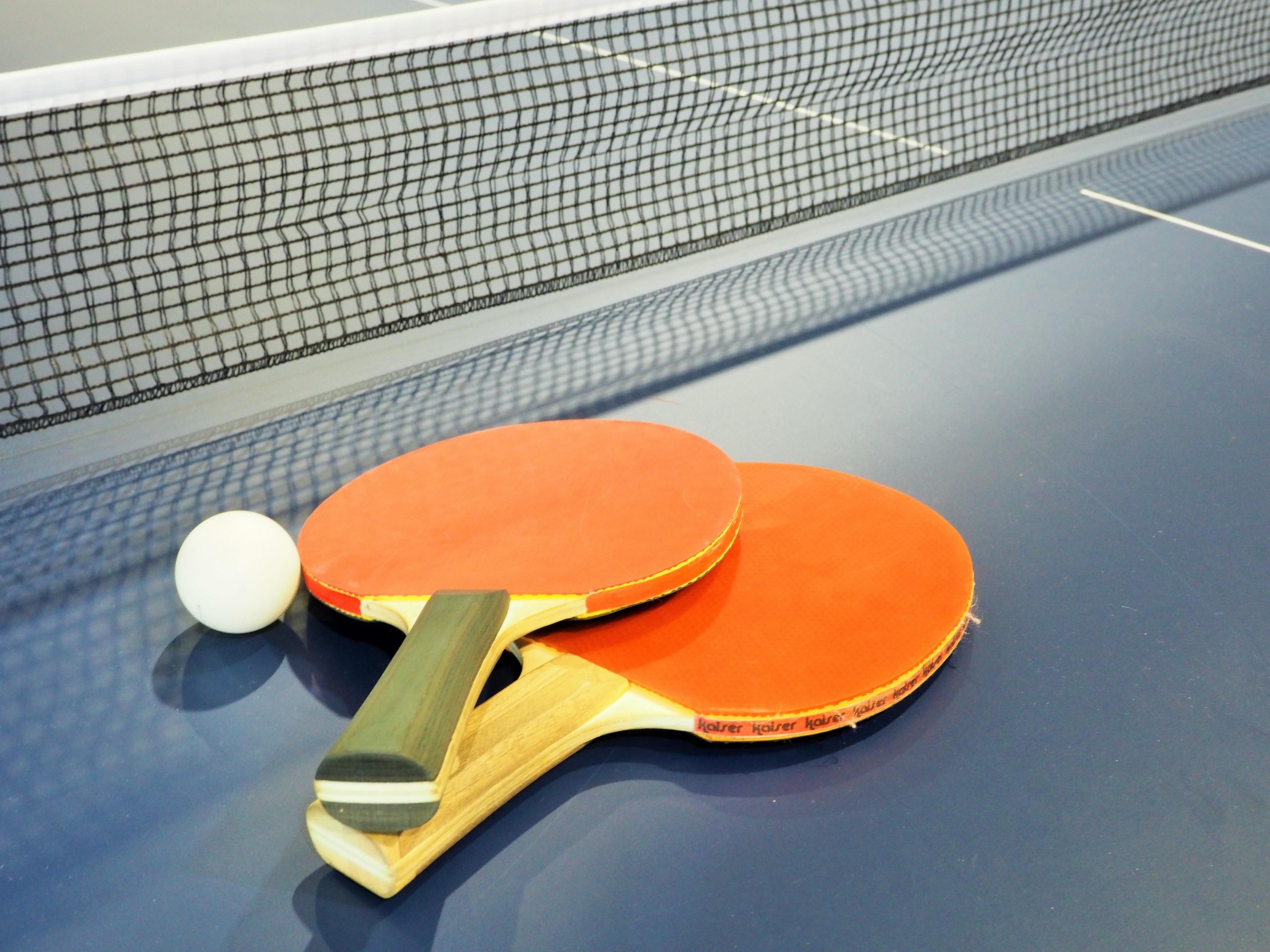 卓球ラケットのおすすめ4選&選び方【初心者向け】