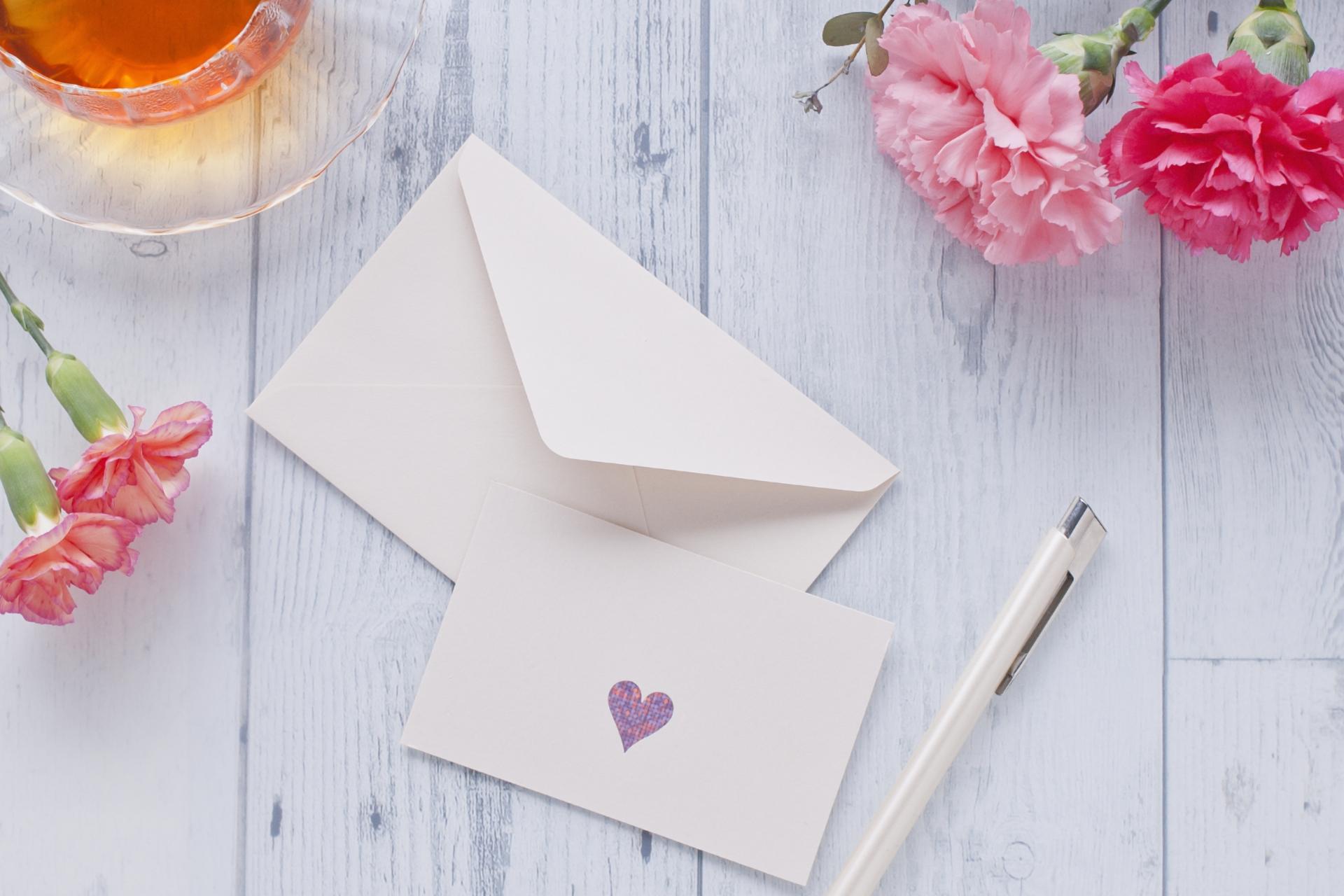封筒のおすすめ7選!はがきサイズや三つ折りタイプも
