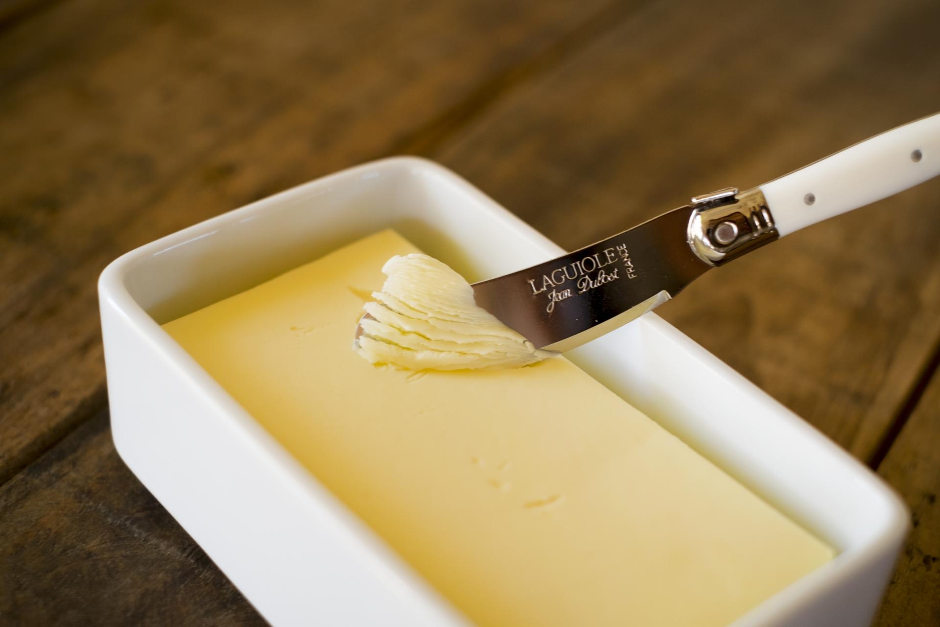 バターケースのおすすめ7選!木製やガラス製も