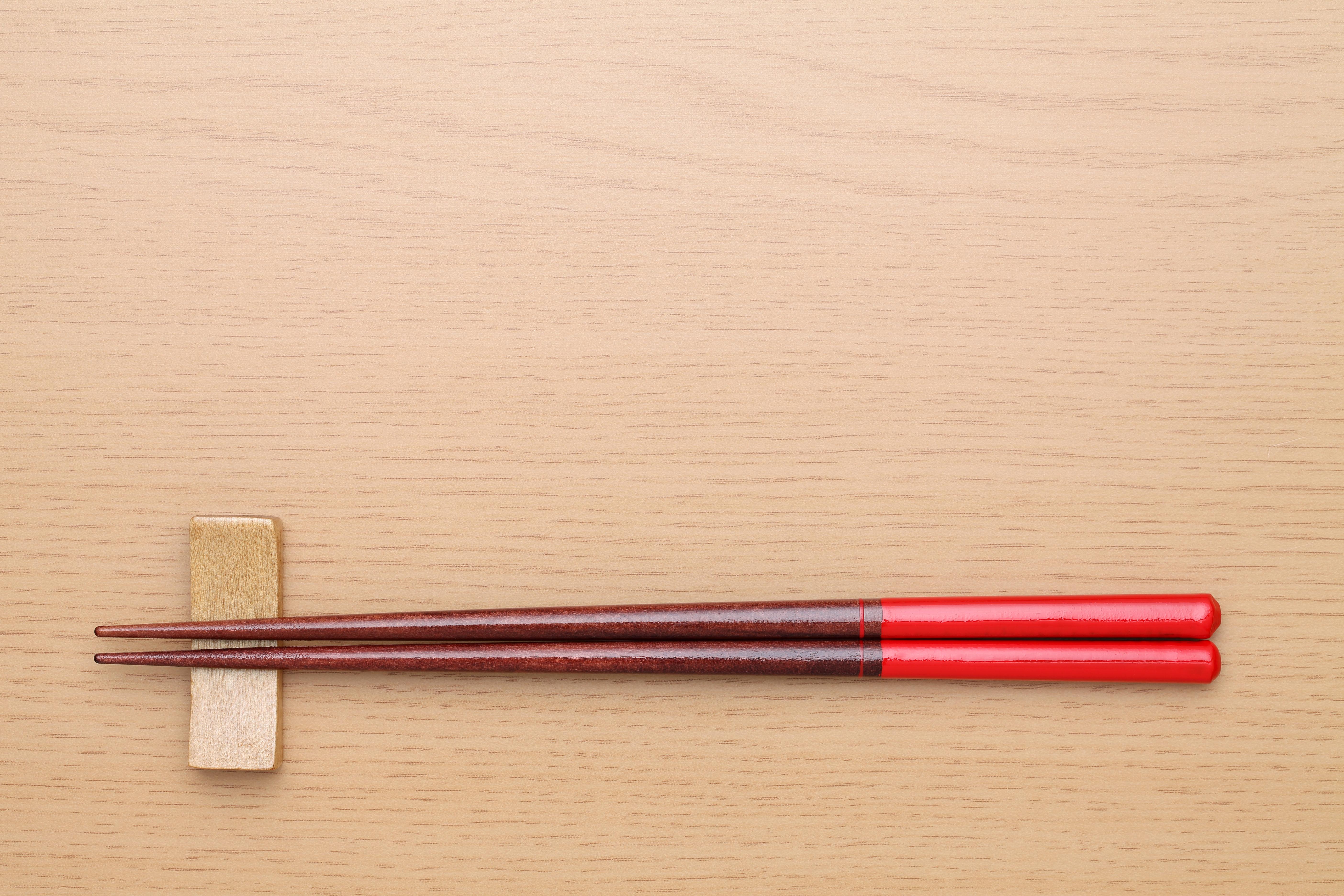 箸置きのおすすめ5選!木製やメタリックなタイプも
