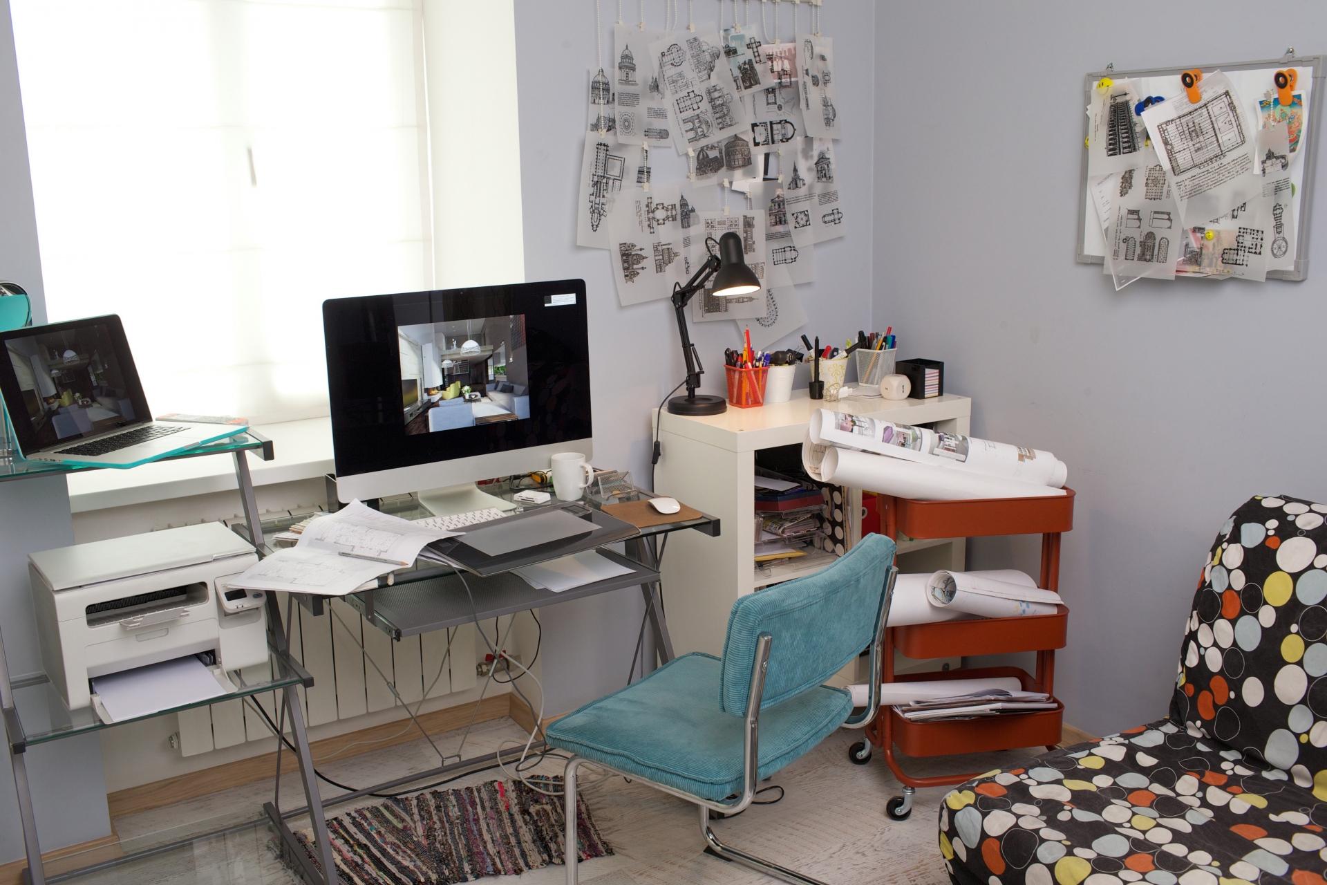 オフィスデスクのおすすめ4選!高さ調整できるタイプも