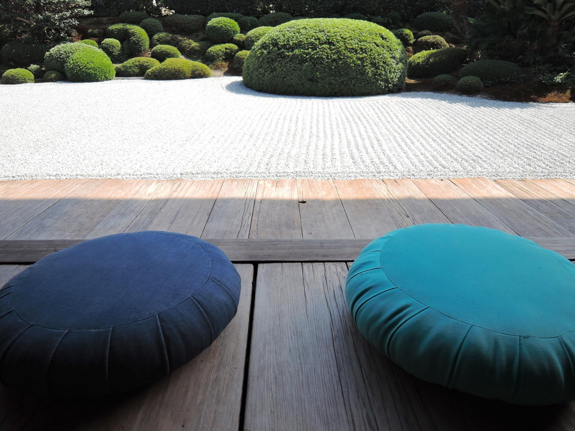 座布団のおすすめ3選!腰痛防止設計や高反発タイプも