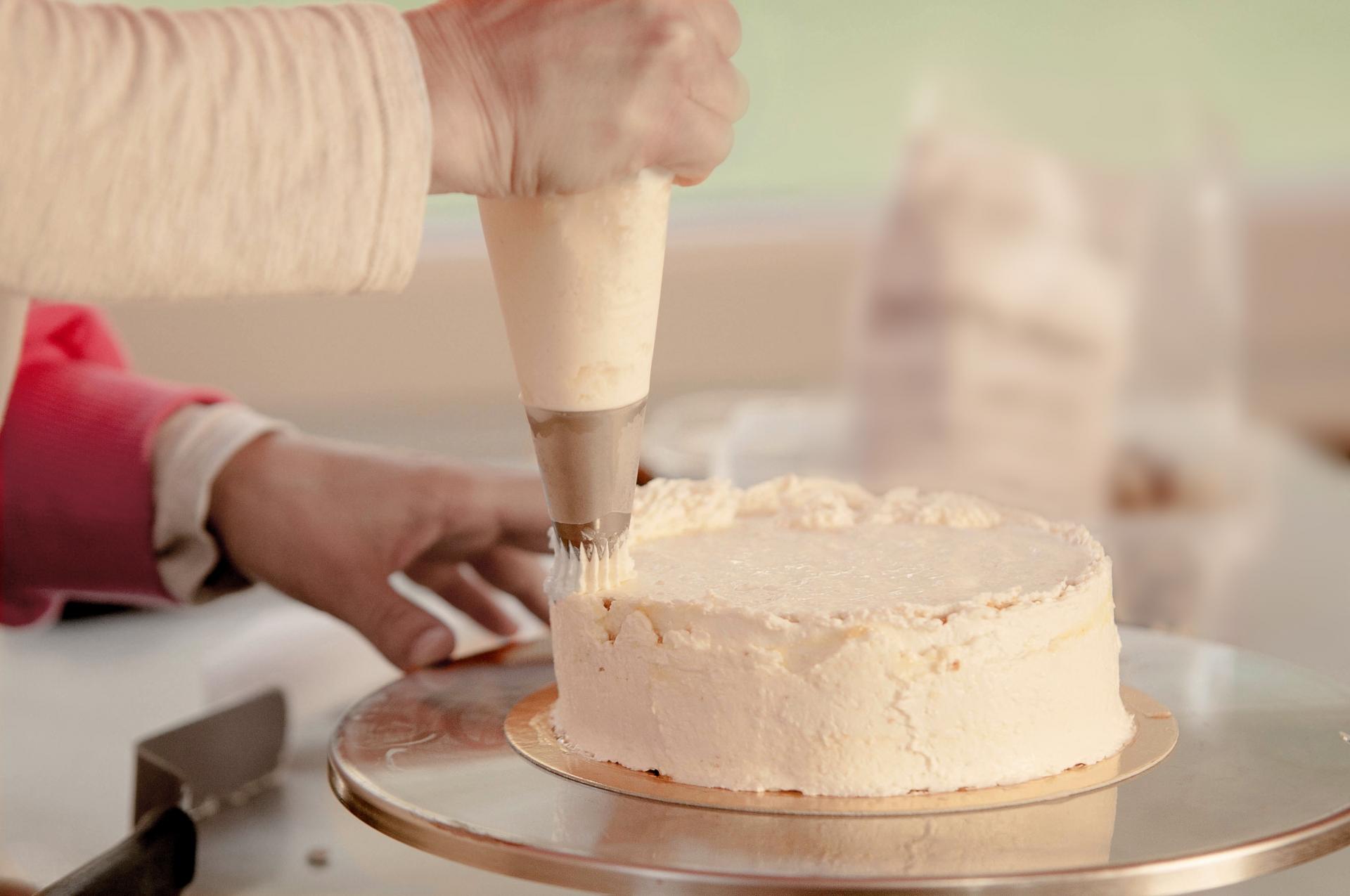 口金のおすすめ3選&選び方【手作りケーキもかわいくデコれる♡】