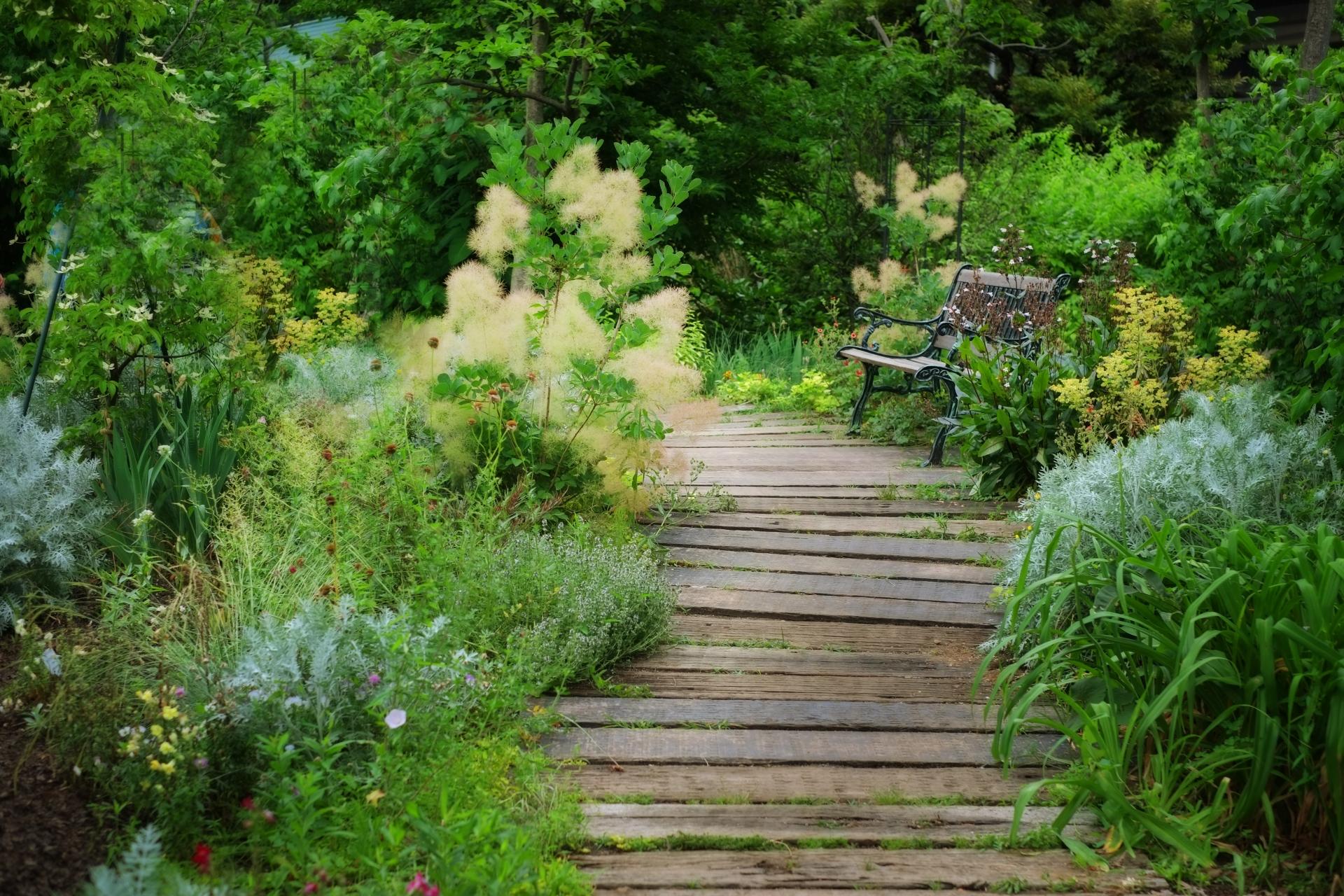 枕木のおすすめ10選!DIY・おしゃれなお庭づくりに