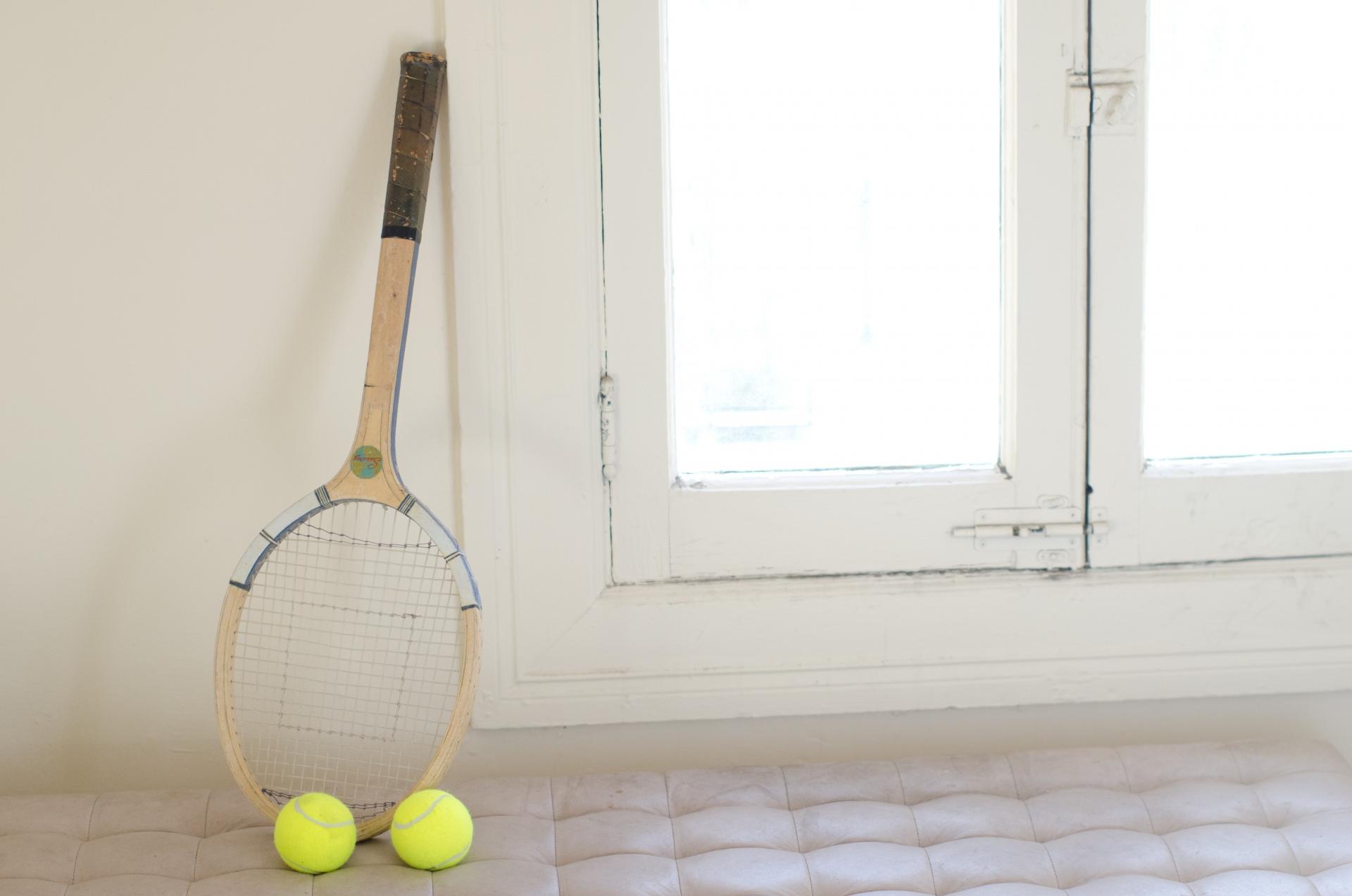 硬式テニス用グリップテープのおすすめ11選!グリップ制す者試合を制す