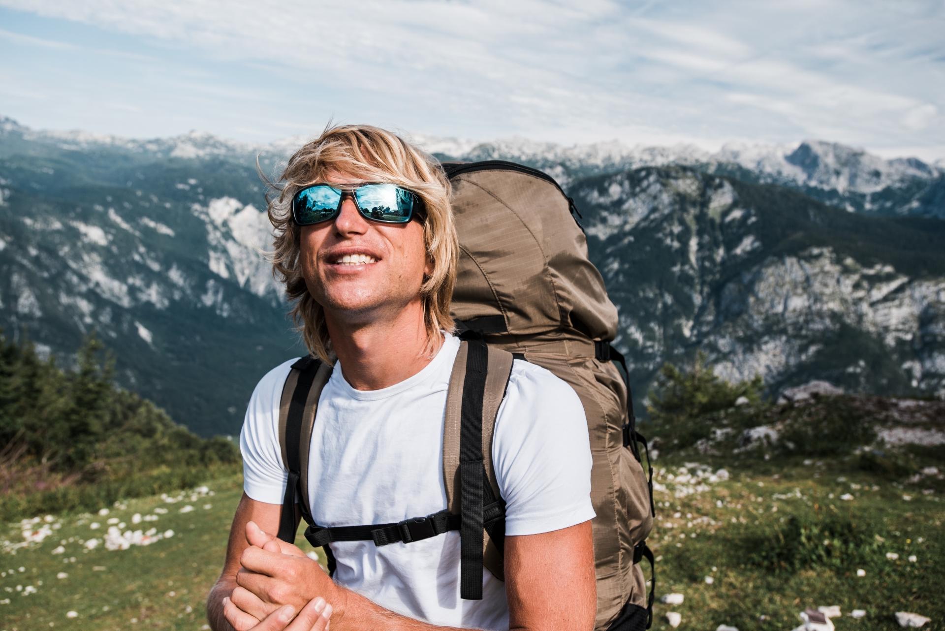 登山用サングラスのおすすめ10選!おしゃれに日差し対策