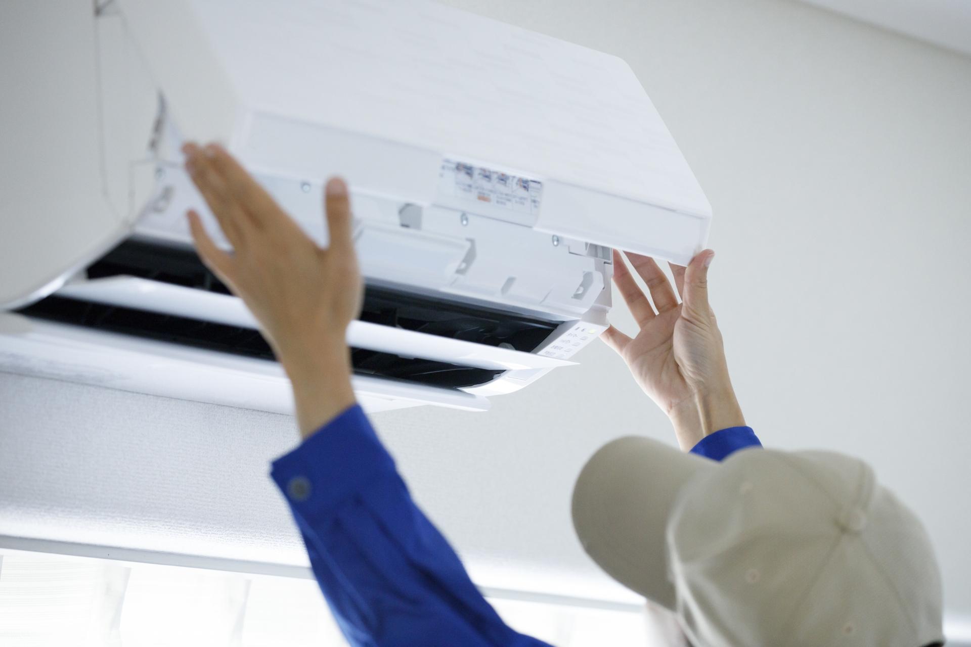 エアコン掃除の方法とおすすめ道具8選【2020年版】