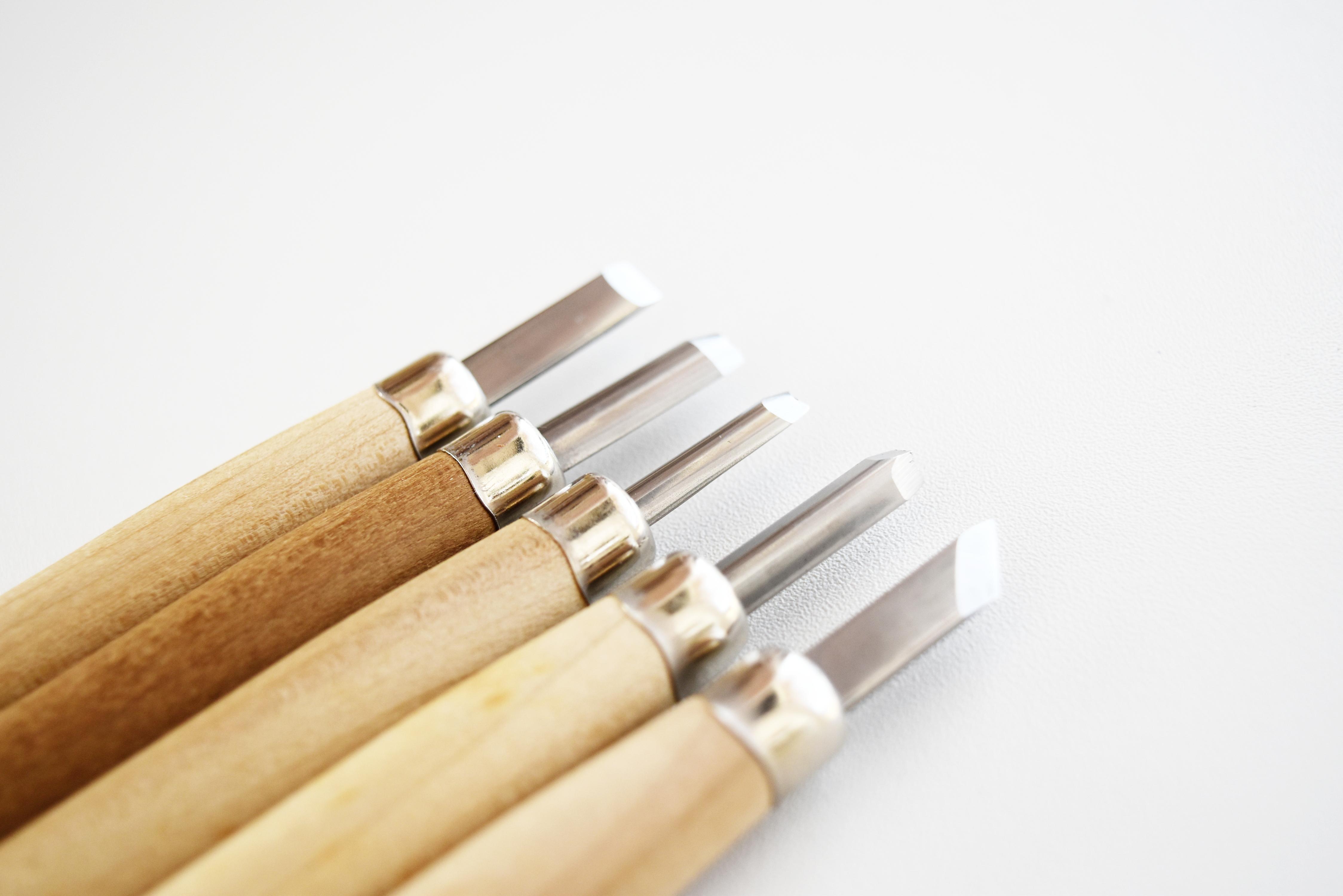 彫刻刀のおすすめ10選!木版画・プラモデルなど作品づくりに