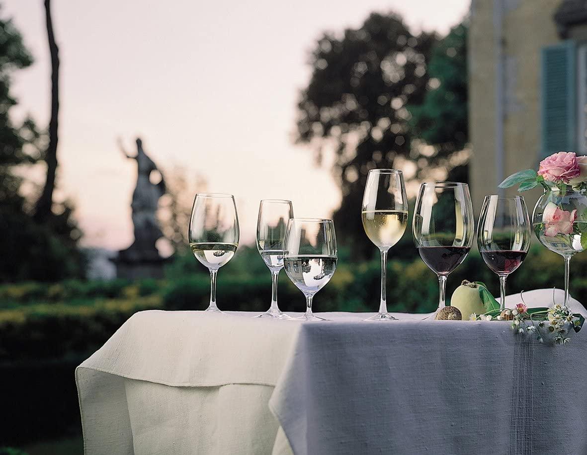 ワイングラスのおすすめ11選!割れにくいプラスチック製も