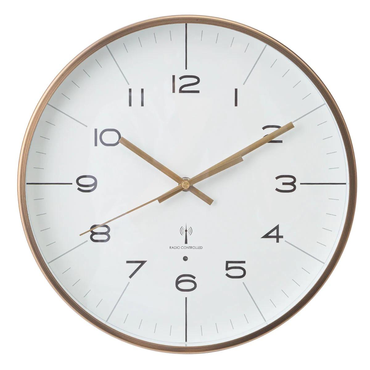 電波式掛け時計のおすすめ18選!ソーラーや静音タイプも【2021年版】