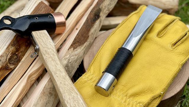 斧よりも楽に薪割りができる!【キャンプ専用クサビ】は秋冬キャンの必需品になる