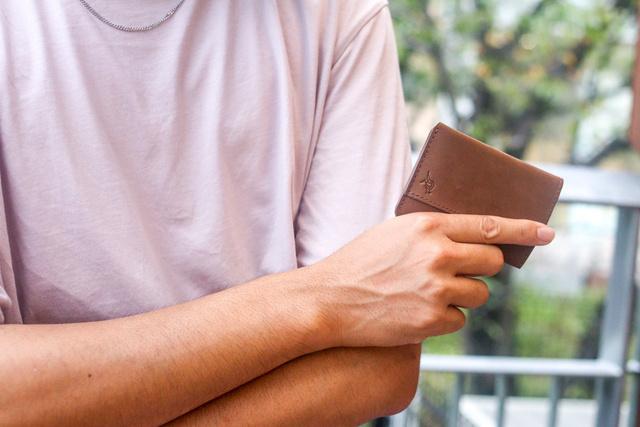 カード決済メインの人は集合!サッと中身が取り出せる超薄型の財布が登場